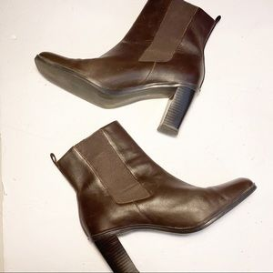Tommy Hilfiger Brown Leather Ankle Boots size 9